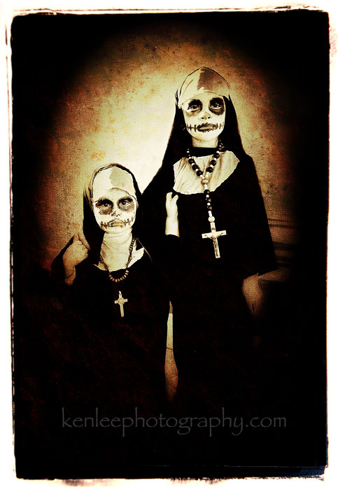 3702_kenlee_dayofthedead-littlenuns-700px