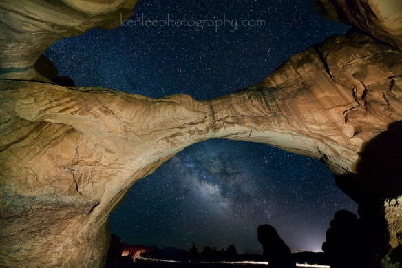 2469kenlee_archesnatpark-doublearch-nightroad-2014-06-25-1126pm-20sf28iso4000-960px