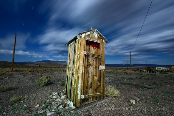 3493-2014-07-14-0033-260sf8iso200-outhouse-kenlee_goldpoint-1000px