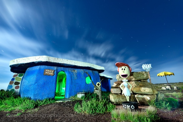 6739kenlee-2015_arizona-bedrockcity-fredshouse-lightpainting-225sf8iso200-2015-07-01-0057-3850k-1000px