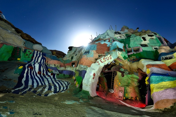 9706kenlee2016-03-22_2102_189sf8iso200_saltonsea_salvationmountain_jesuscave-1000px