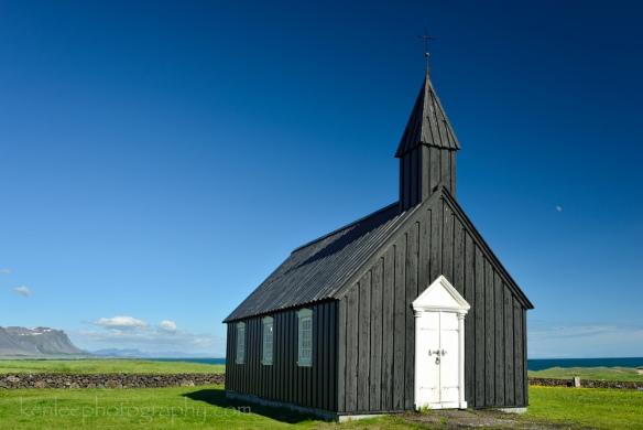 2016-06-13_1719_kenlee_02_iceland_snaefellsjokull-peninsula_budir_black-church-fjord-1-160sf8iso100-flat