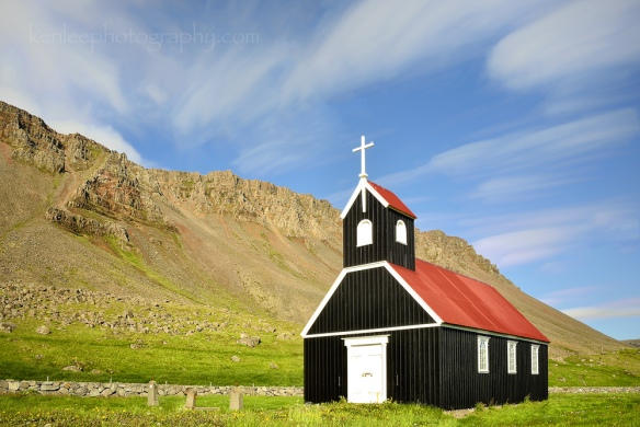 2016-06-14_1752_kenlee_01_westfjords_black-church_raudisandur_iceland_2sf22iso100-220stotal-1000px