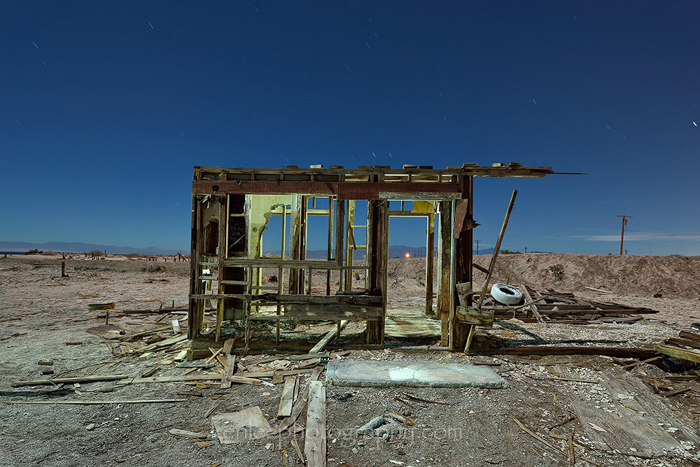 5011_kenlee_2016-10-16_0011_saltonsea_138sf8iso200_airconditionedbuilding-1000px